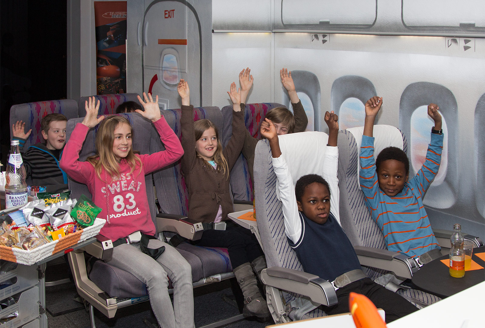 flugsimulator berlin sky tarif for kids kindergeburtstag events. Black Bedroom Furniture Sets. Home Design Ideas