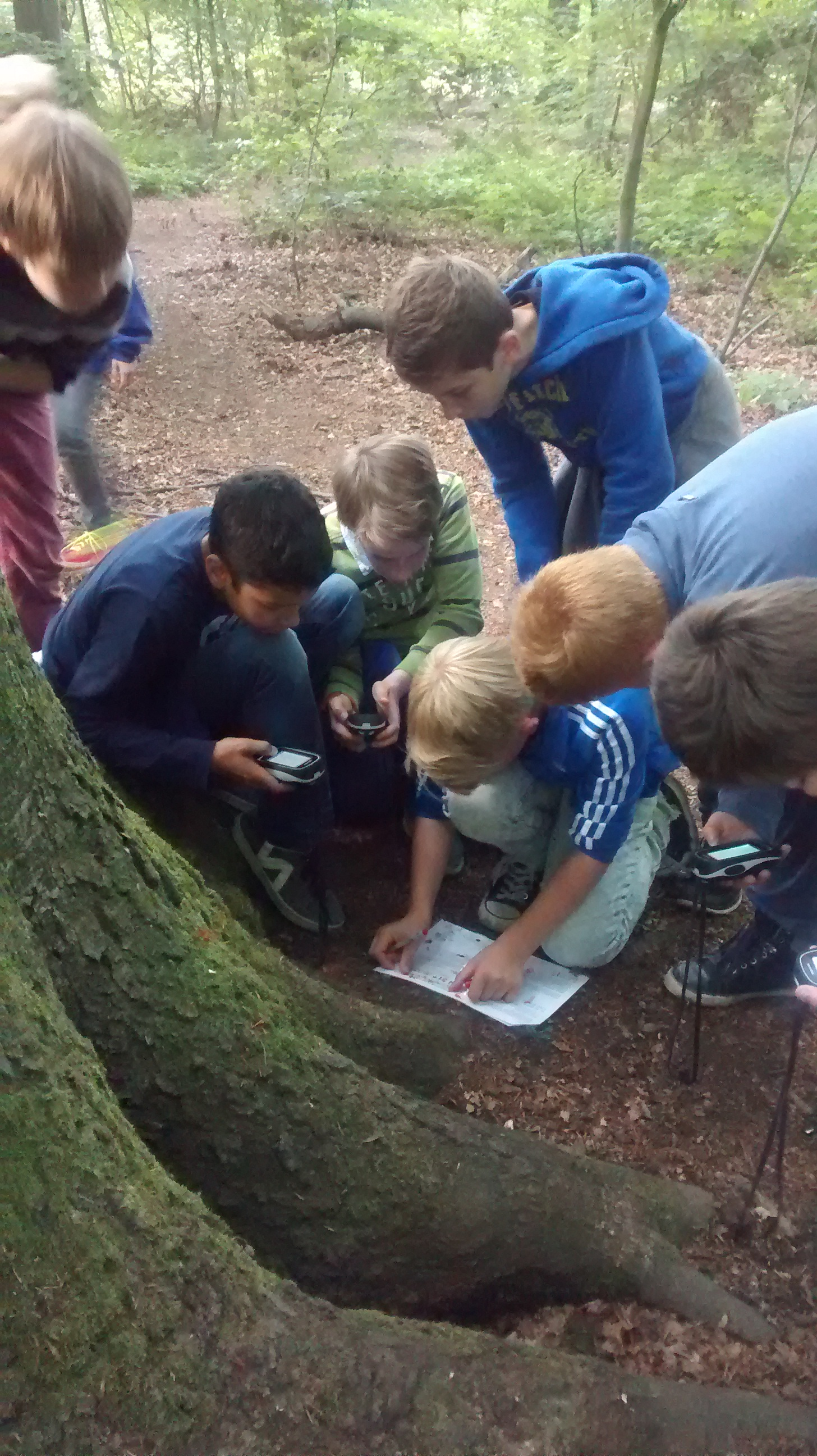 "GPS-Ralley in Bonn: Krimi-Geocaching Tour ""Mord im Park"""
